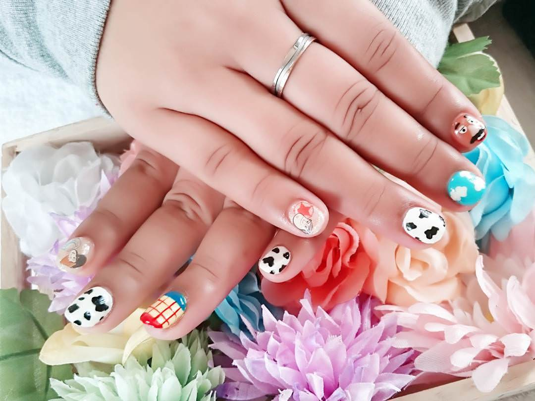 Nice Design of Nail Art