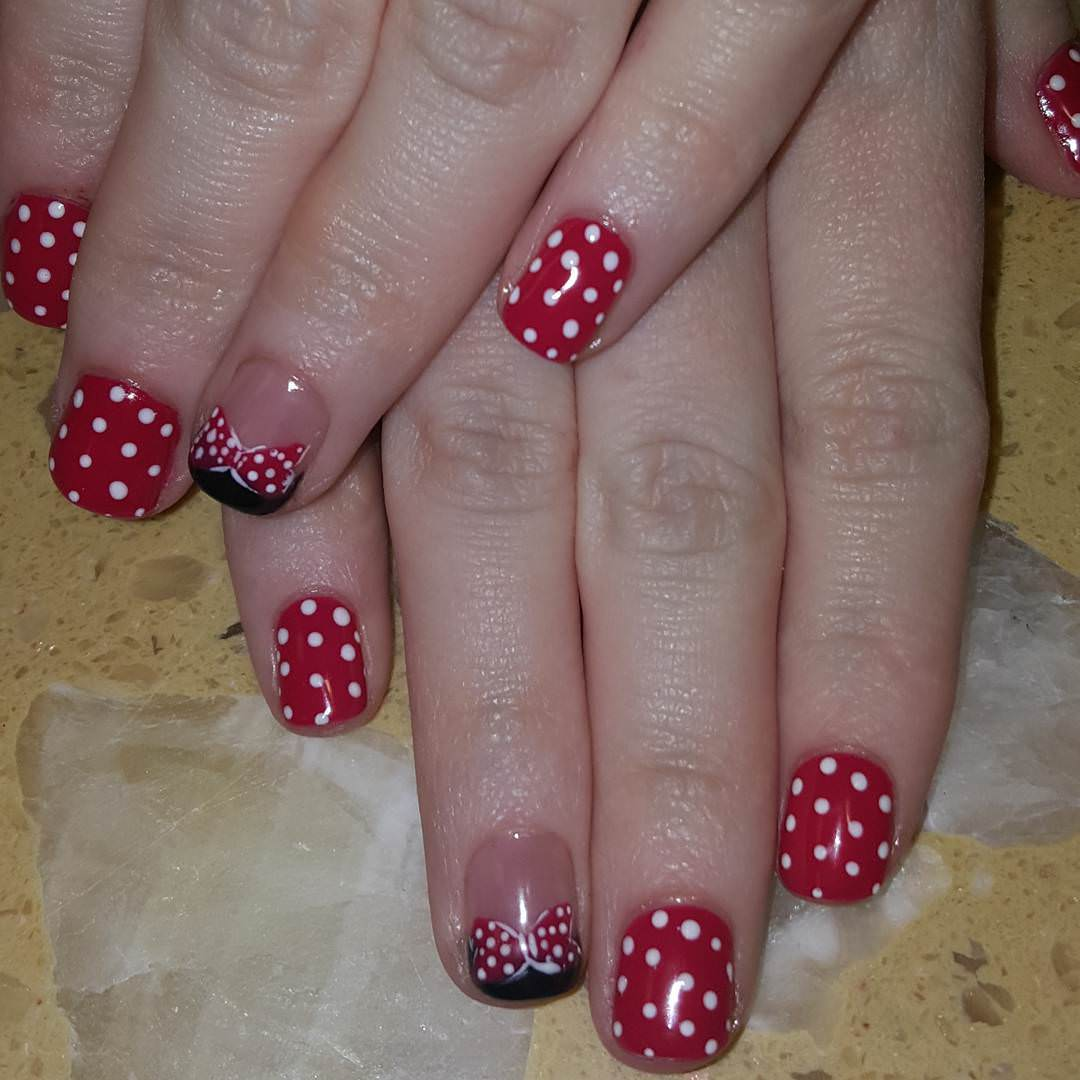Posh Doted Nail Arts