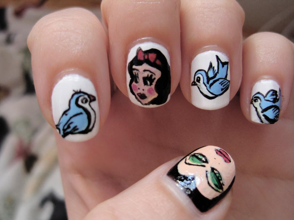 Birds Atr Nail Design