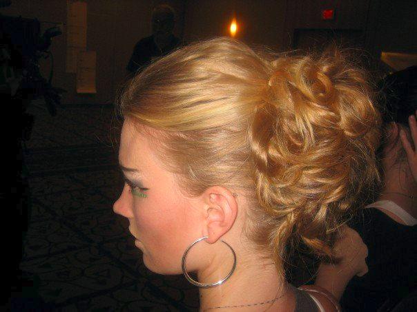 Elegant Mid Length Hairstyle