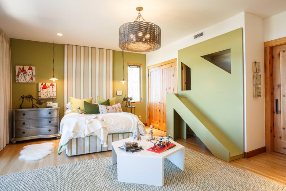 Kid's Green Bedroom with geometric play structure
