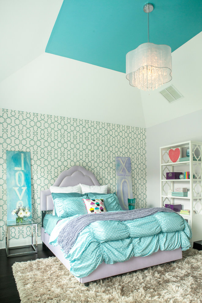 Trendy Kids Bedroom with geometric designed wallpaper