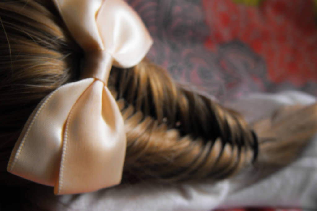 Cute Fish Tail Braid With Bow
