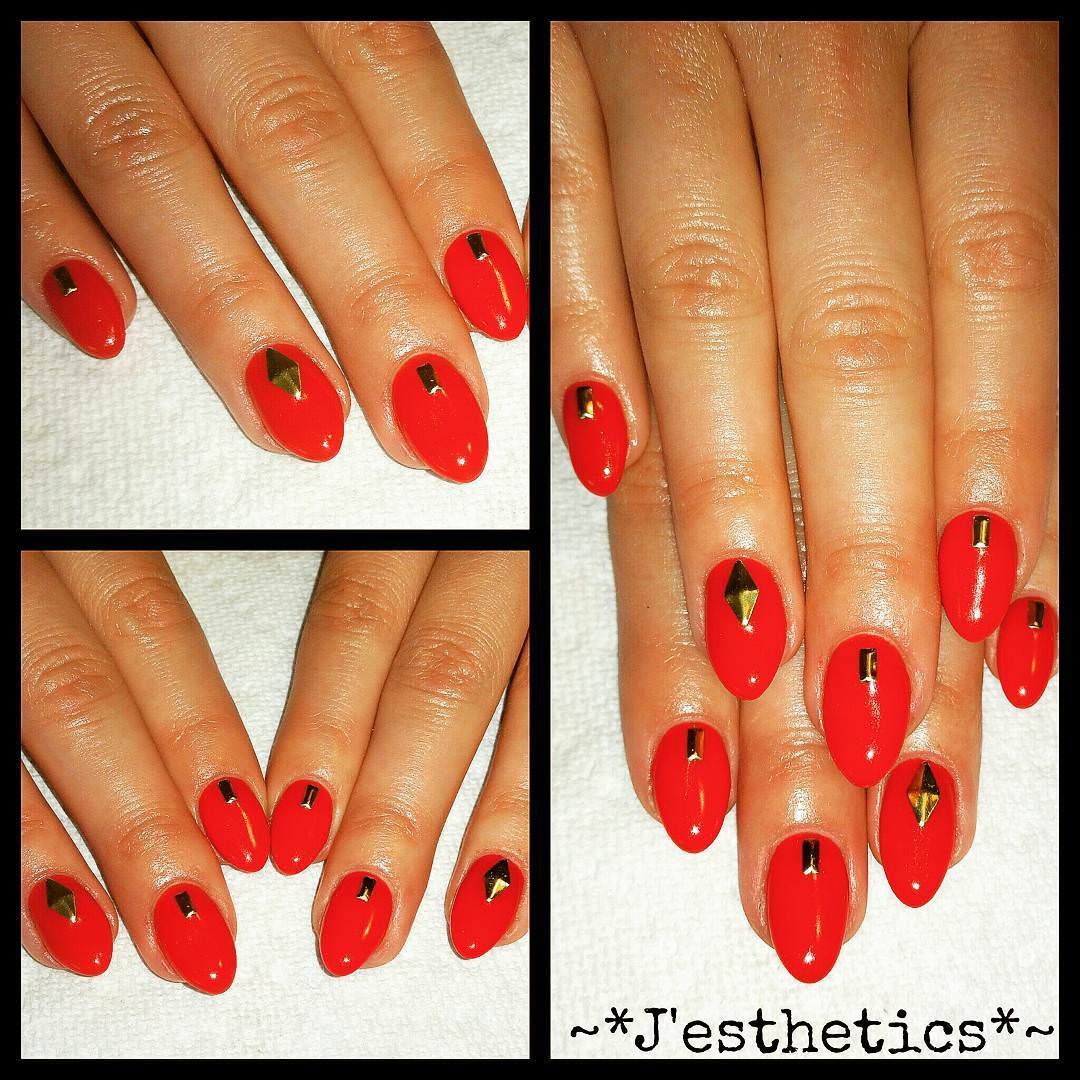 Red Claw Nail Designs