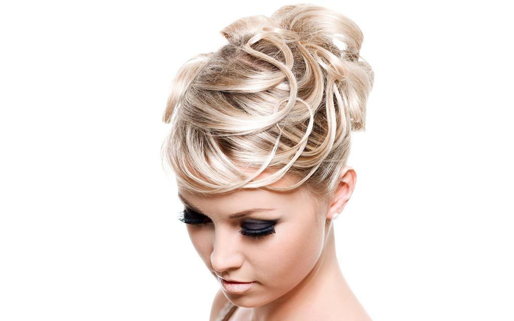 creative short hairstyle