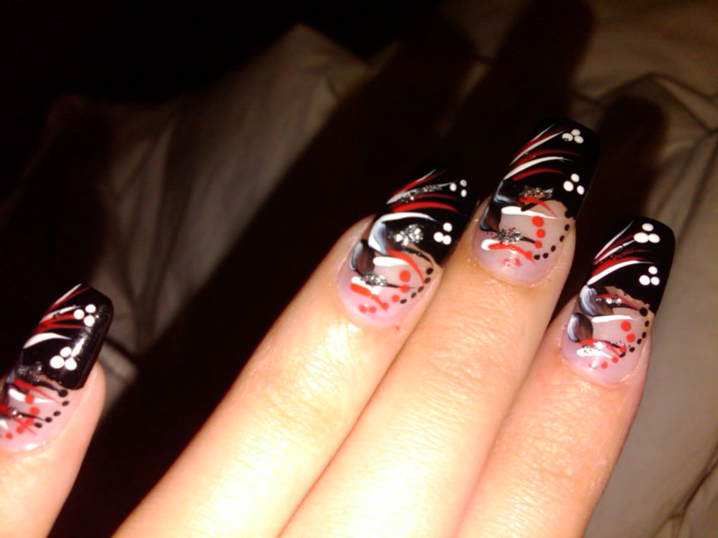 Black Claw Nail Art