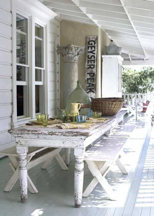 Retro Style Porch Design