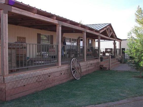 Amazing Rustic Porch Design1