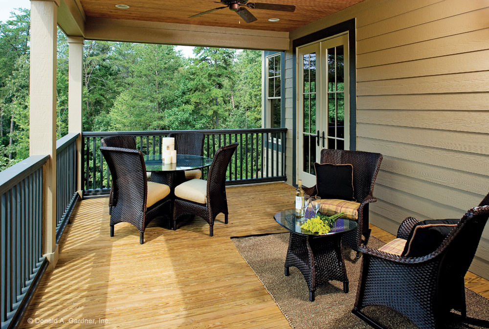 Rustic Porch With Chairs1