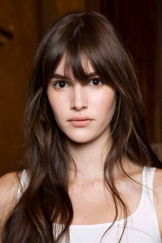 Hairstyles For Long Hair Long Bangs : 20 Eye Catching Hairstyles with Bangs Design Trends
