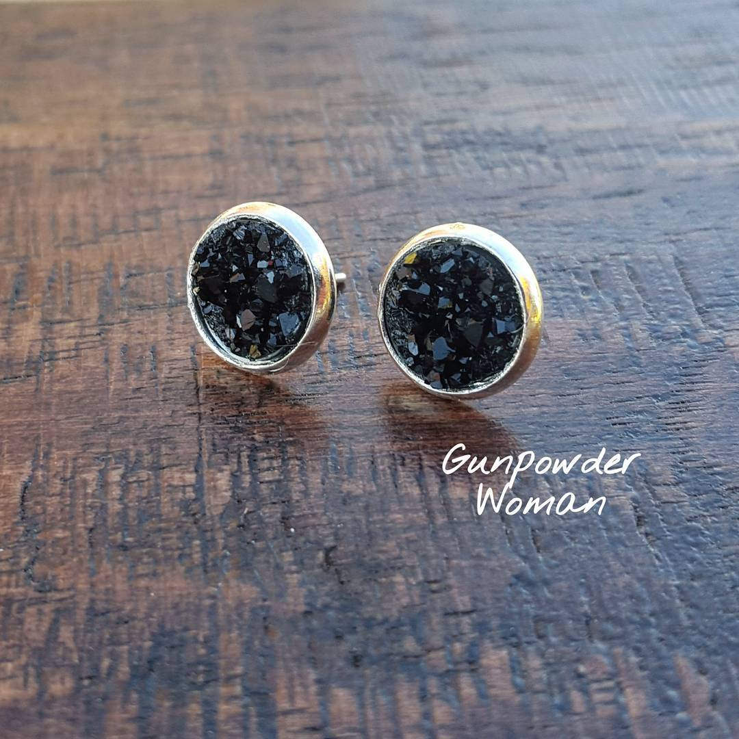 black stone bullet earrings