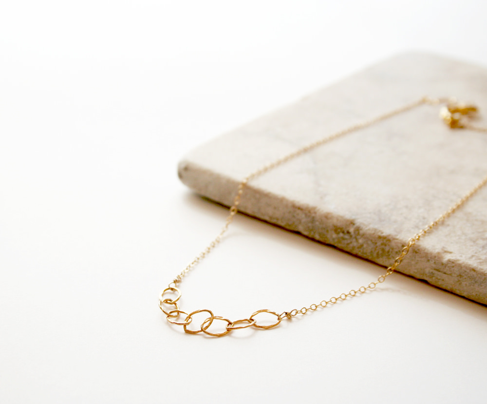 Delicate Golden Mini Necklace