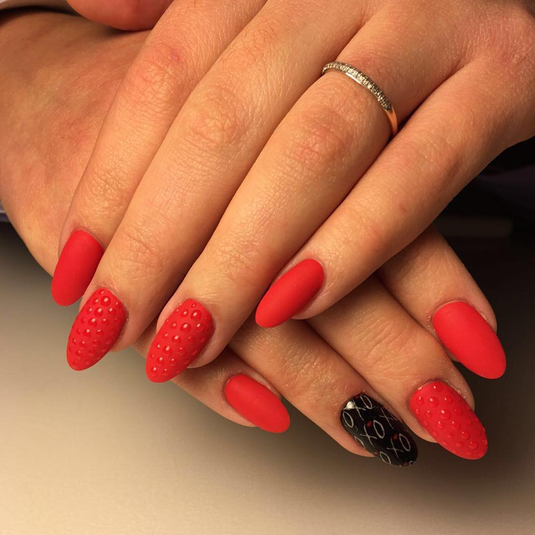 classy design black red. Classy Look Red And Black Nail Design S