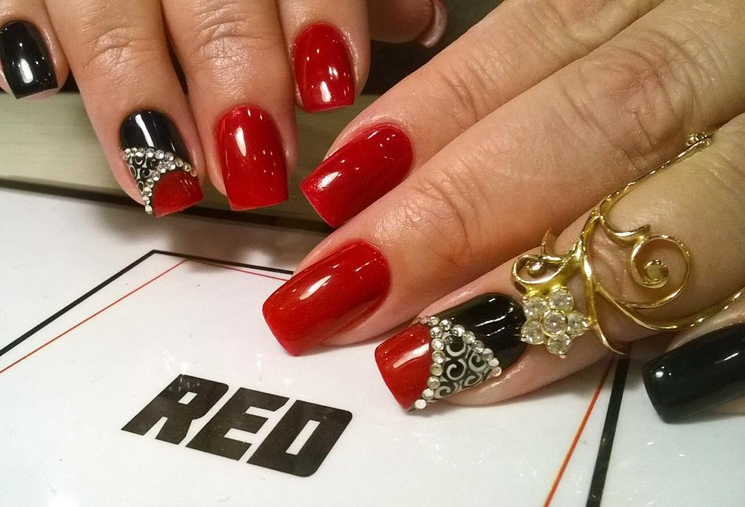 Black Nail Art on Red Nails - 29+ Red And Black Nail Art Designs, Ideas Design Trends - Premium