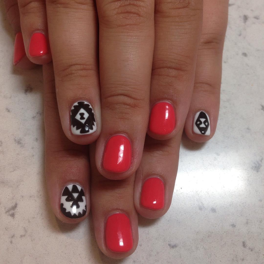 Classy Nail Art on nails