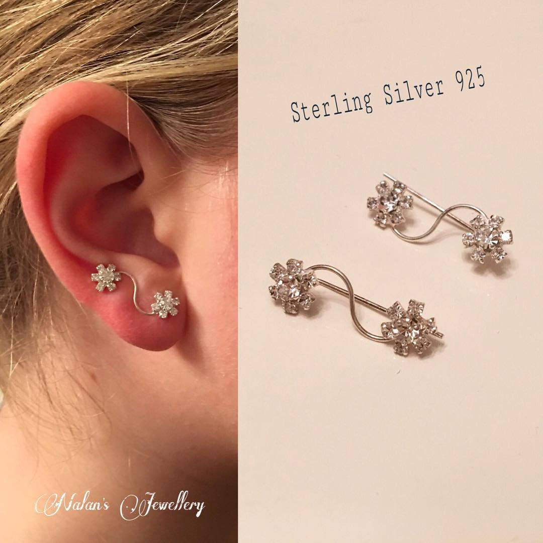 Flower Shape Cuff Earrings