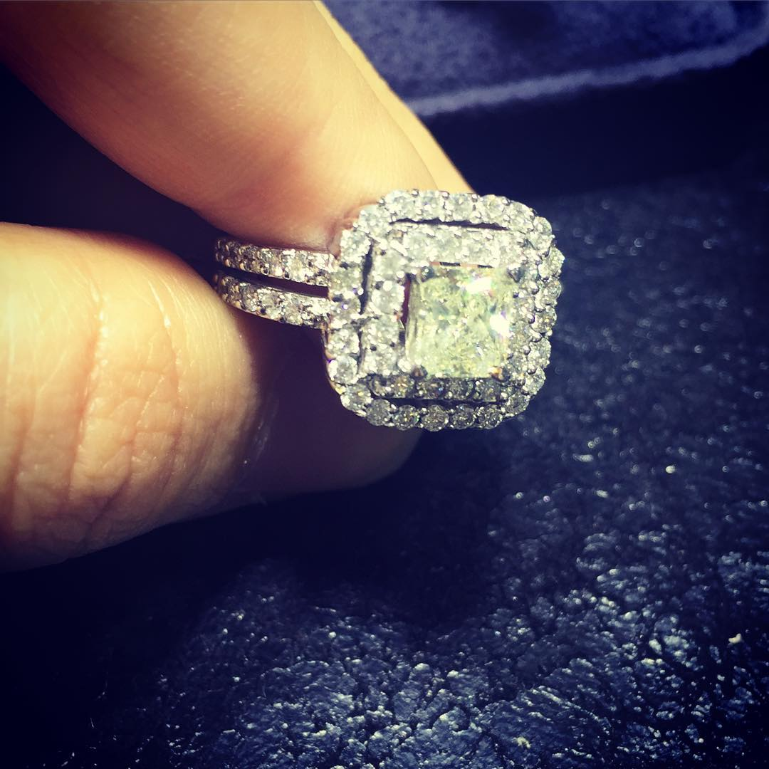 beautiful classic cut square diamond ring