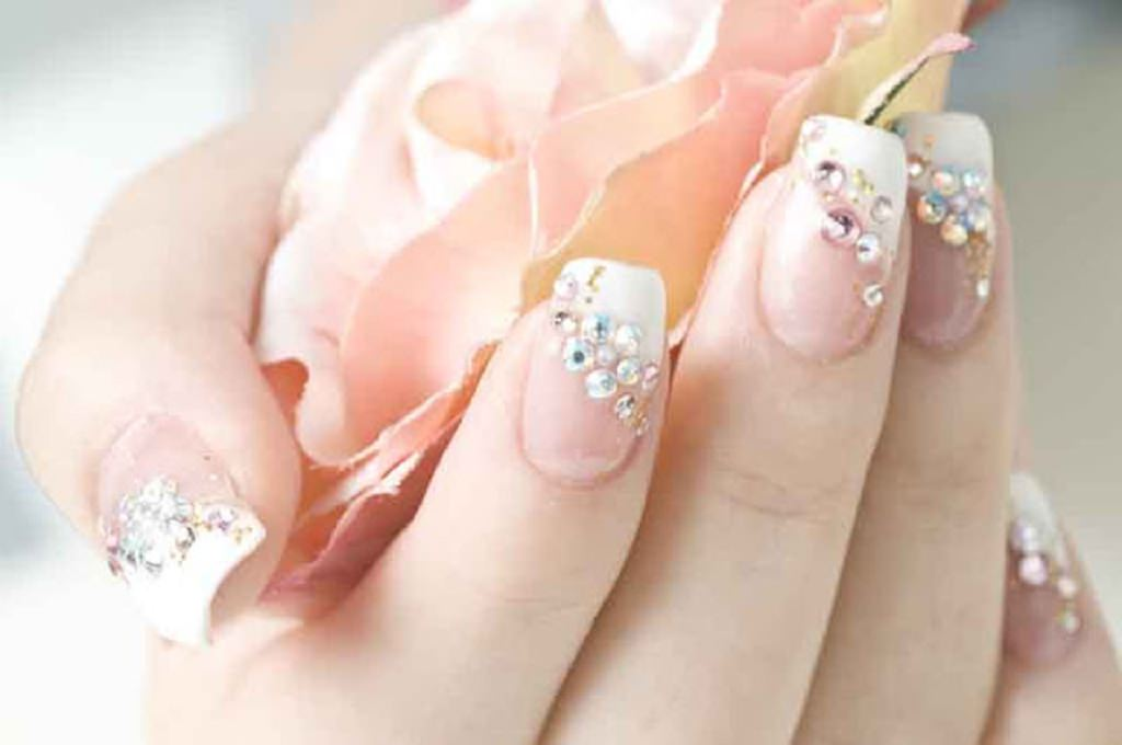 27+ Wedding Nail Art Designs, Ideas | Design Trends - Premium PSD ...