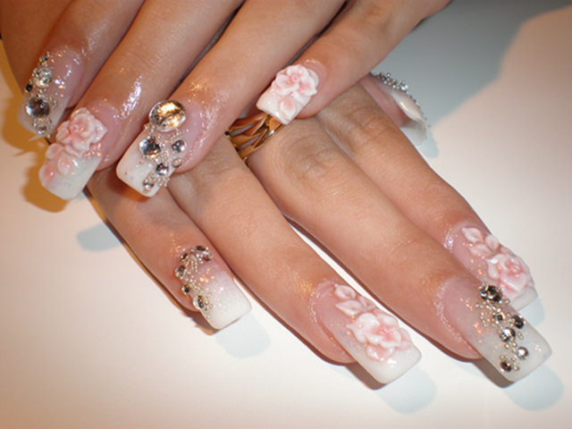 wedding floral nail art1