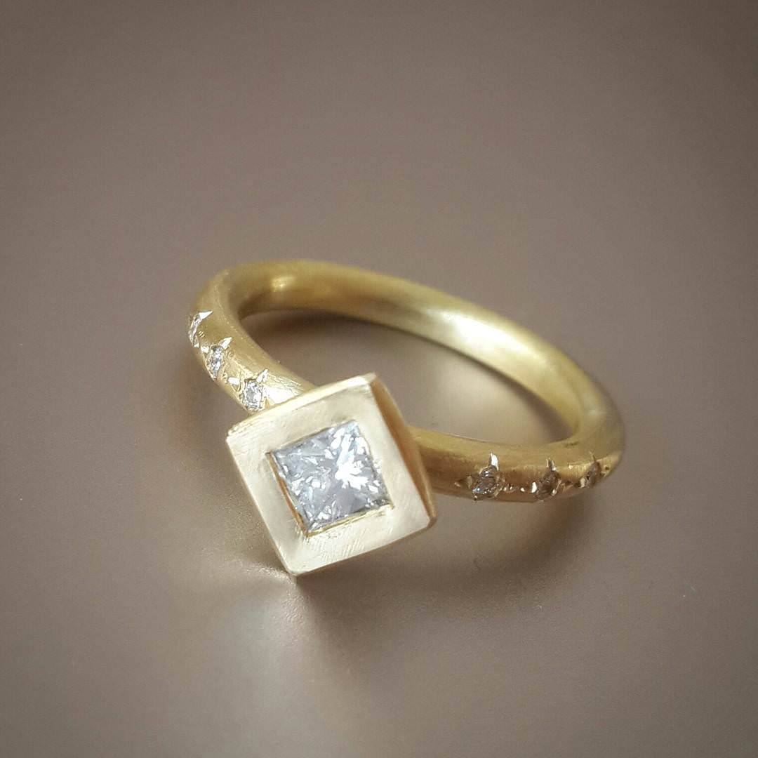 Classic tiny Square Diamond Ring