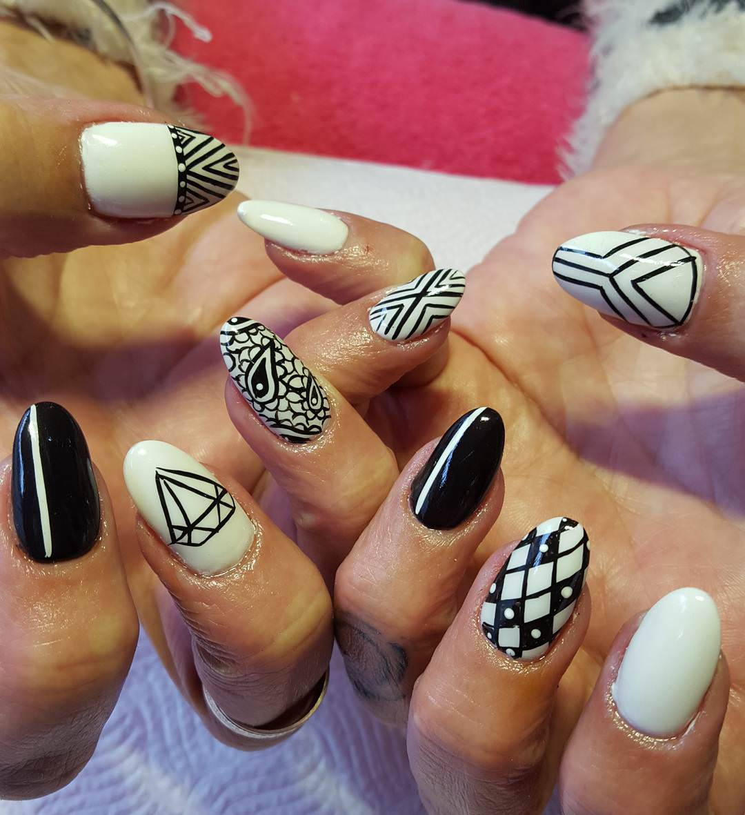 Black and White Pattern Nail Art - 29+ Oval Nail Art Designs, Ideas Design Trends - Premium PSD