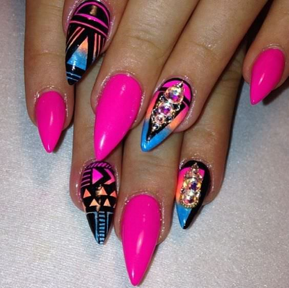 Tribal Design on Claw Nails
