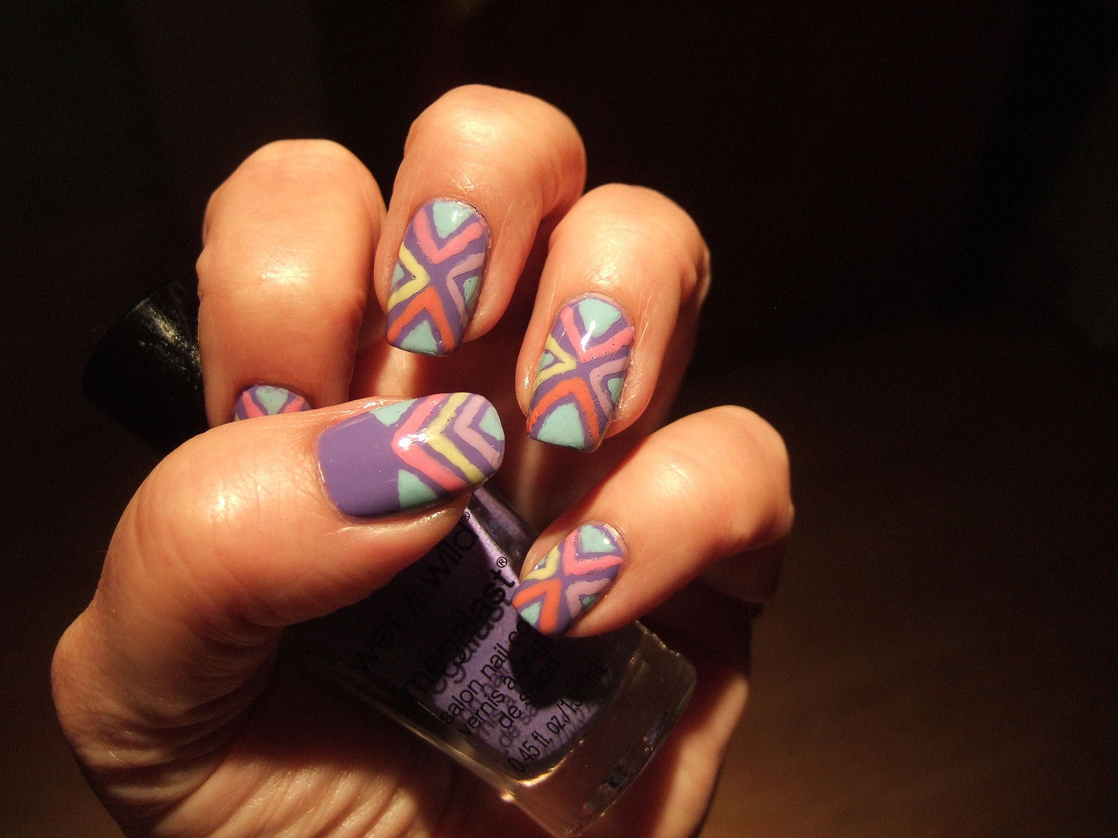 Pritty Tribal Nail Design
