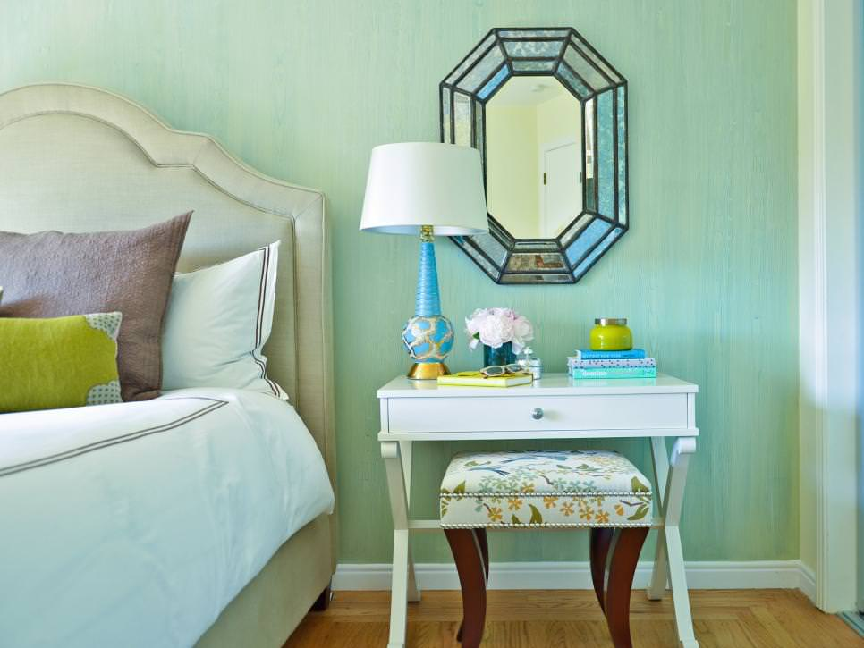 Traditional Blue wall accent Bedroom design