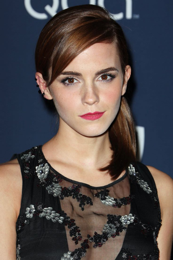 emma watson side swept hair do