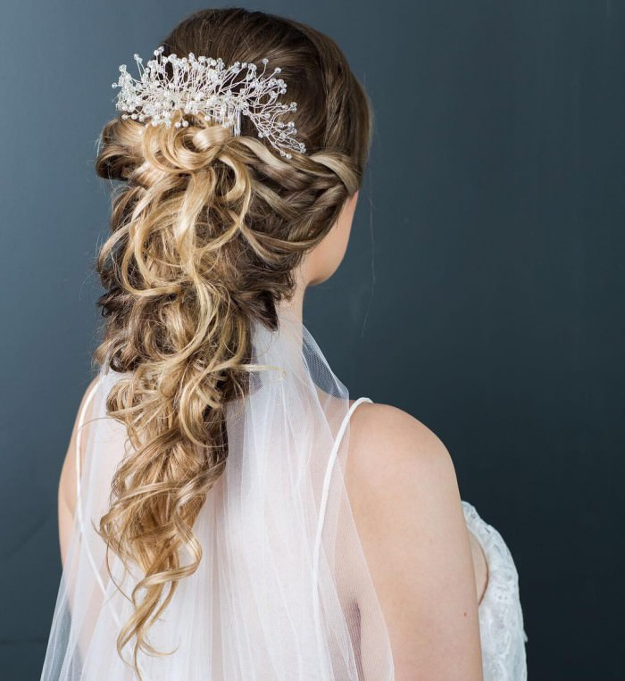 long wavy prom hairstyles