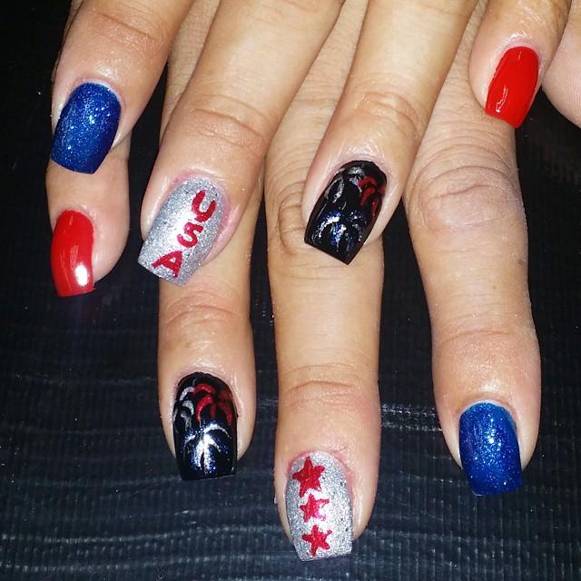 Patriotic Beautiful Nail Design