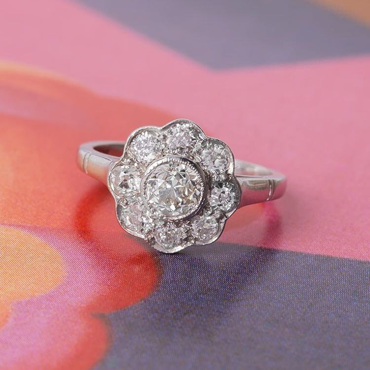 diamond flower shape vintage ring