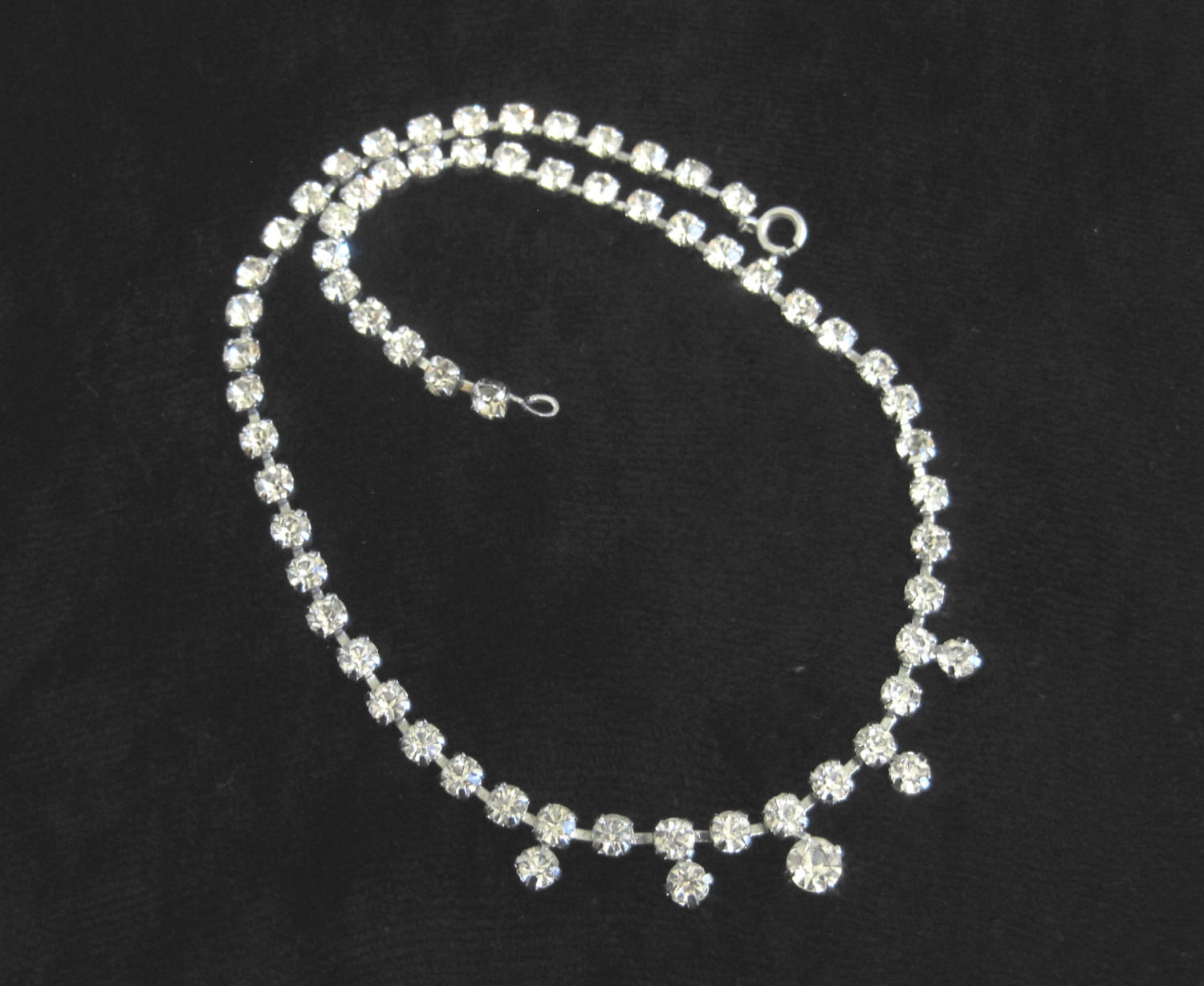 Vintage Simple Prom Necklace