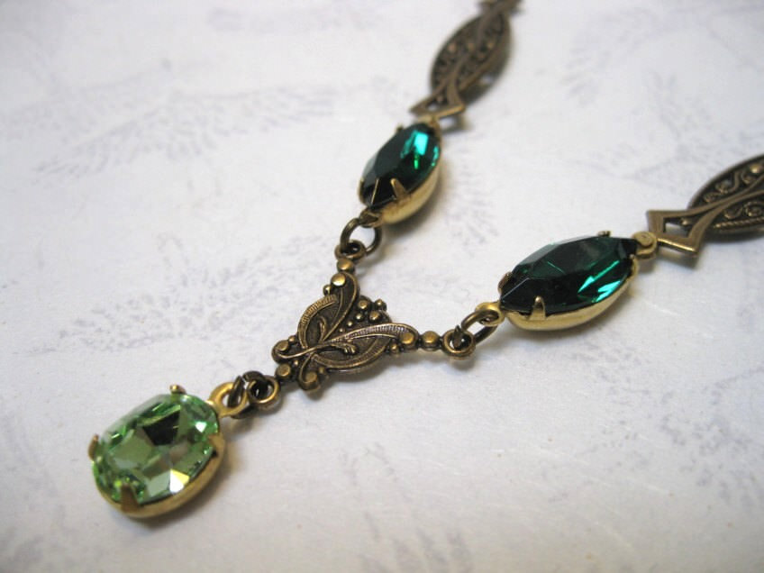 Charming Green Crystal Prom Necklace