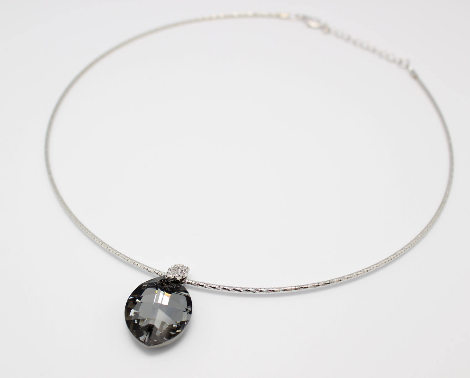 Charming Black Omega Chain Prom Necklace