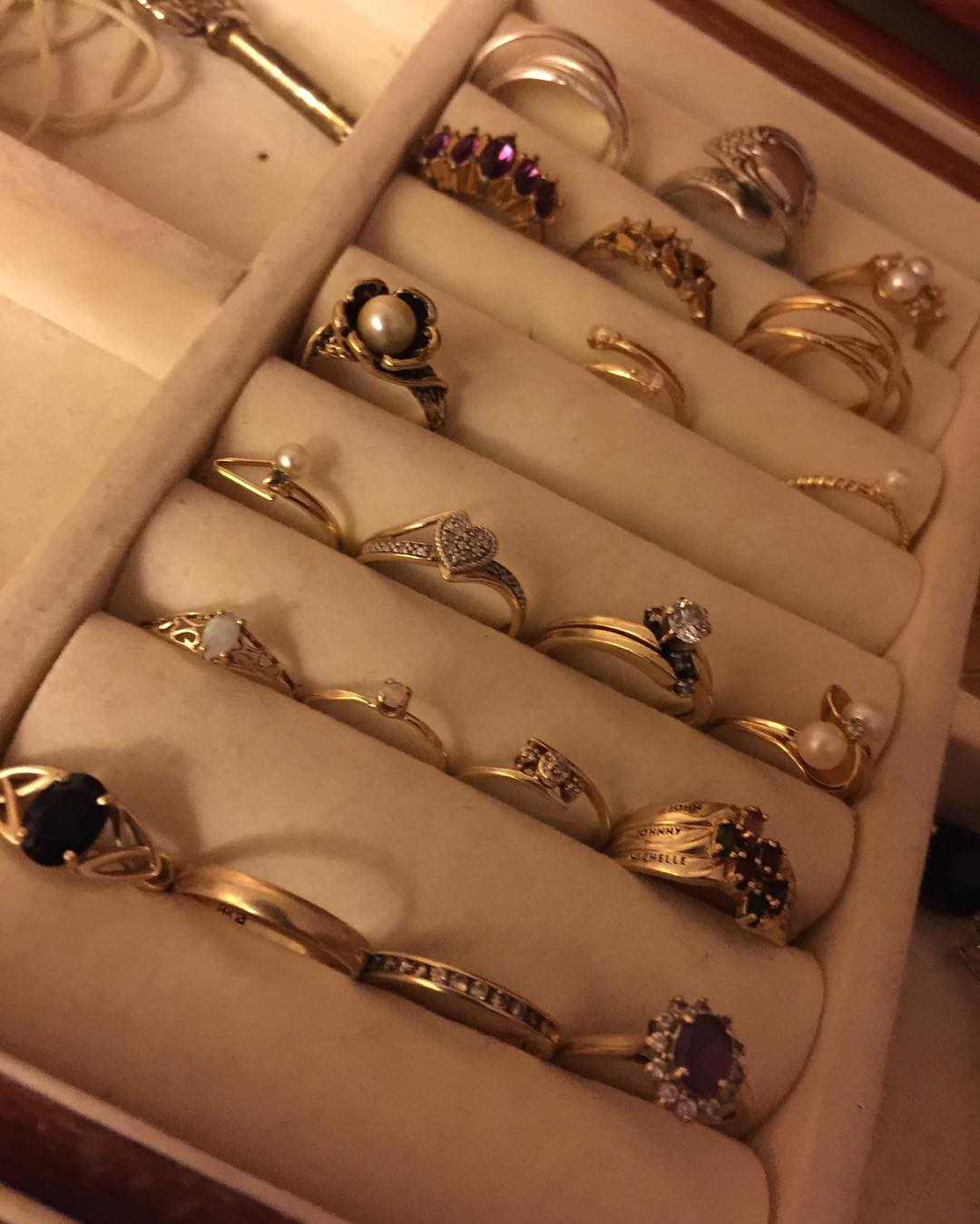 Different Collection of Gold Rings Design