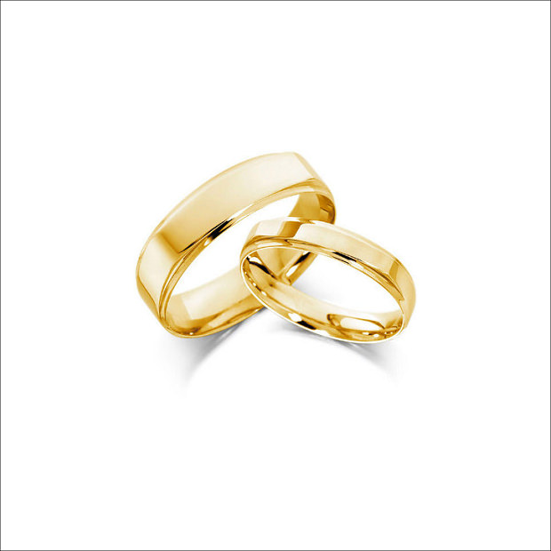 Simple Design for Gold Ring