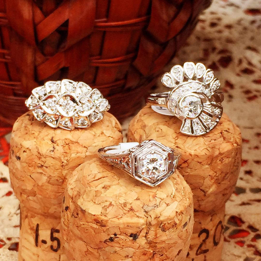 flower shaped vintage rings
