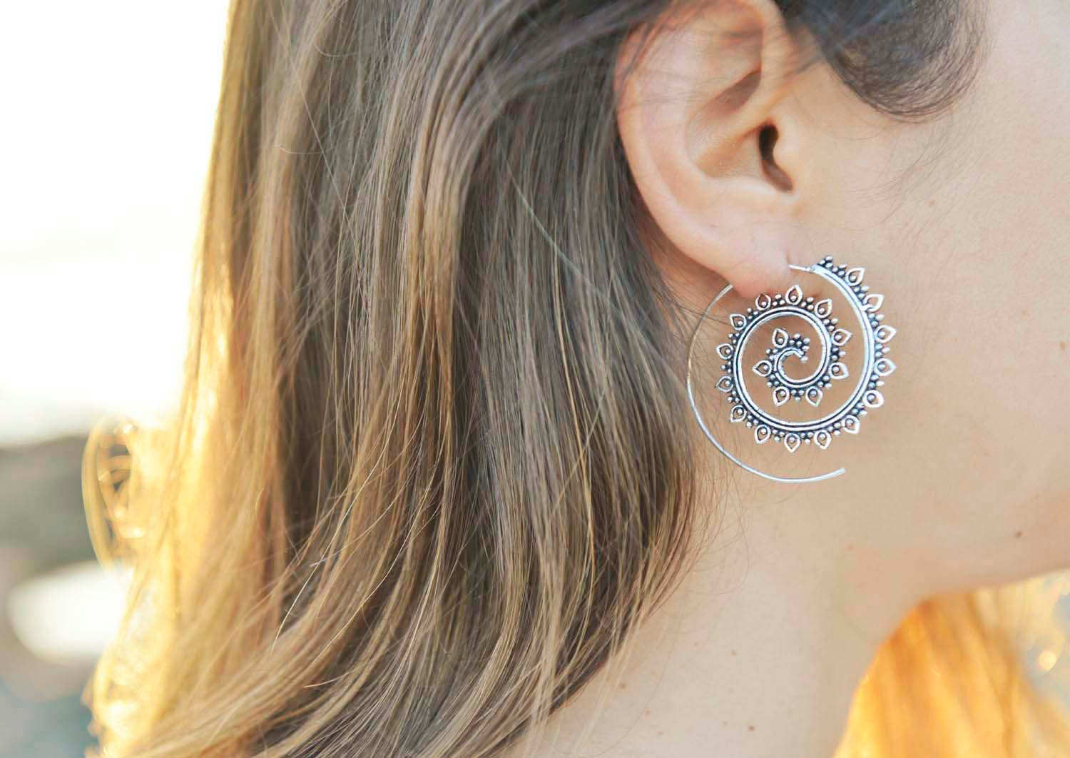 Awesome Silver Tone Spiral Lotus Tribal Jewelry