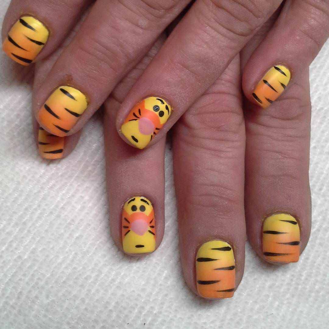 Disney Tiger Nails