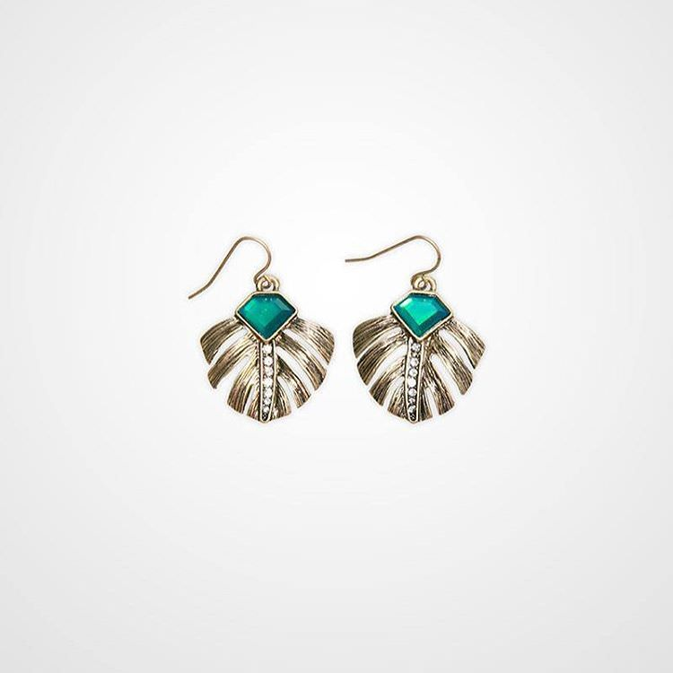 Natural Tropical Palm Earrings