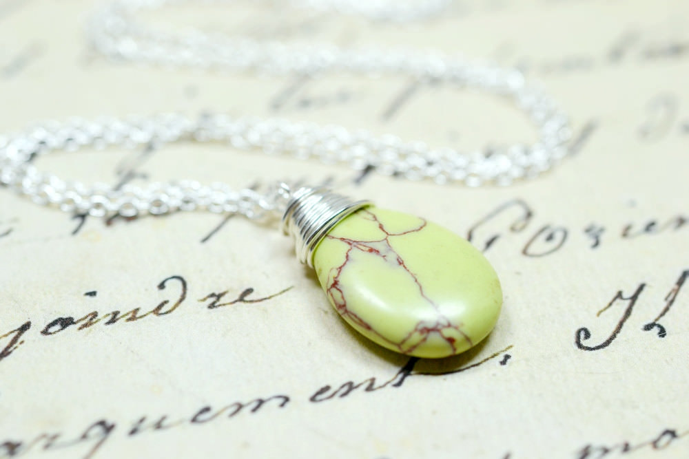 Classic Lime Green Pendant Tropical NEcklace
