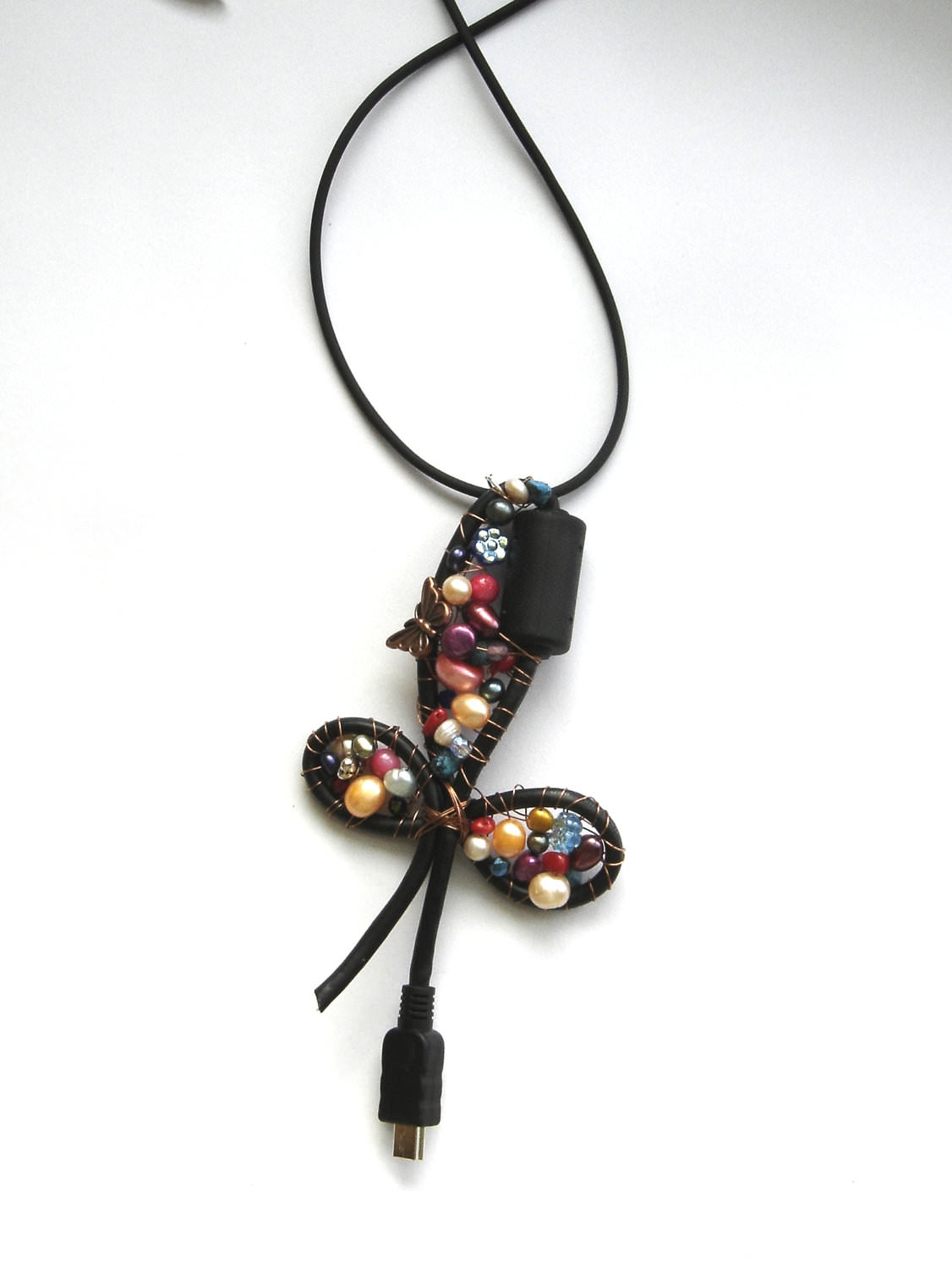 Creative USB Cable Necklace With Beads