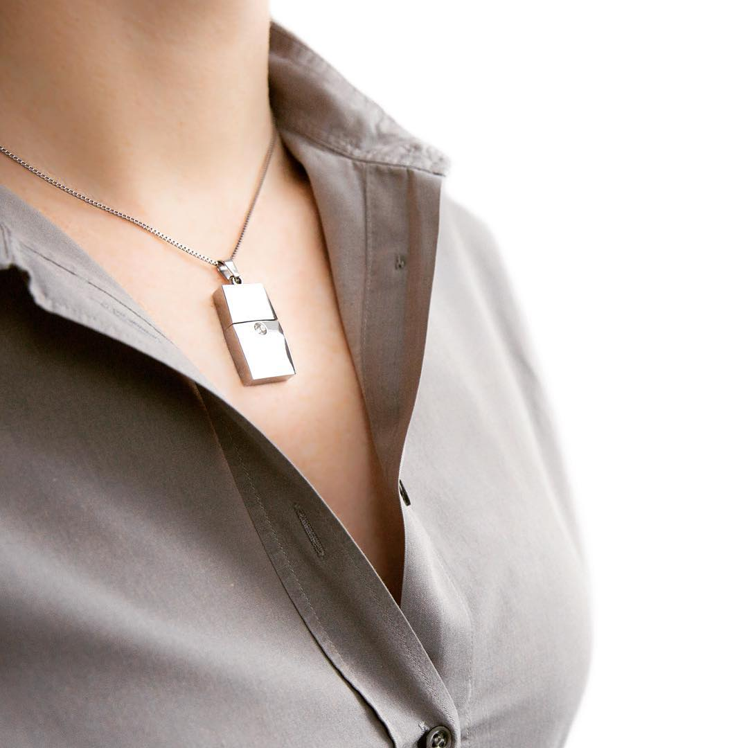 Stylish USB Flash Drive Necklace