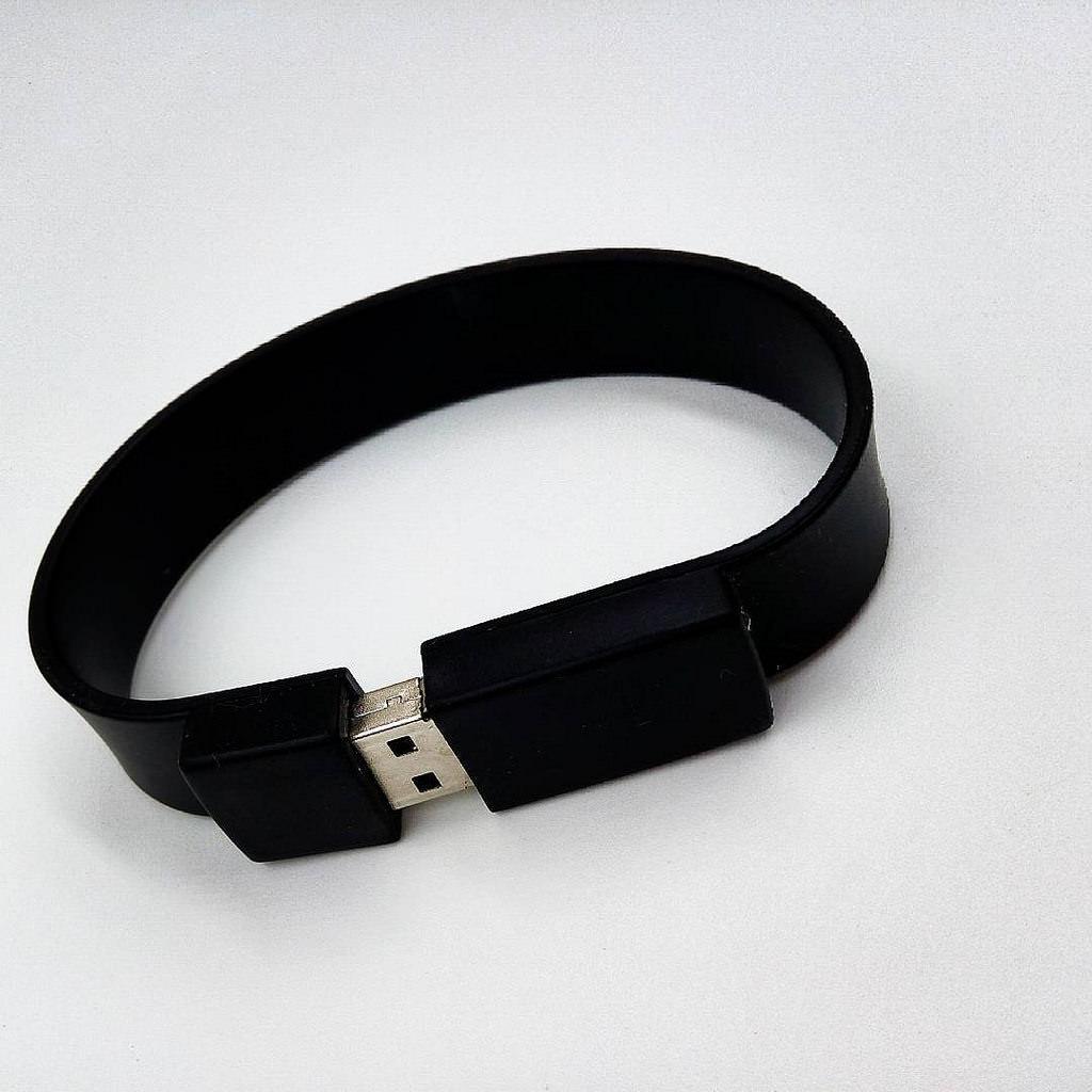 amazing black silicon usb bracelet