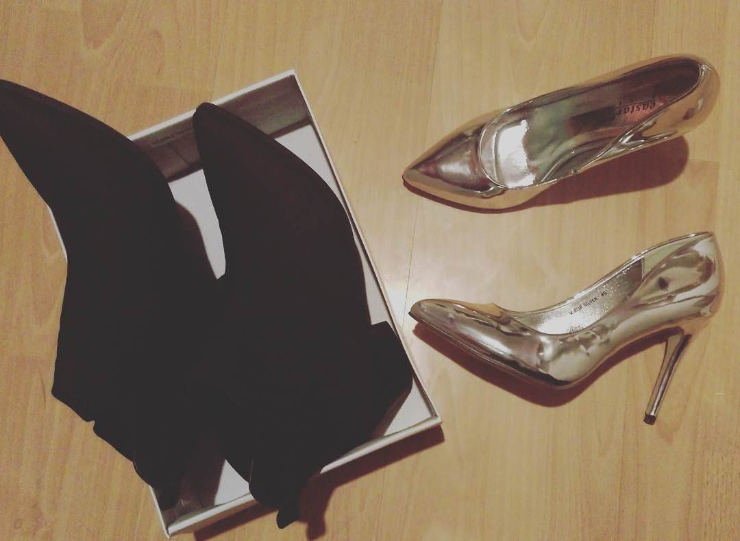 Gilttering Silver high Heels