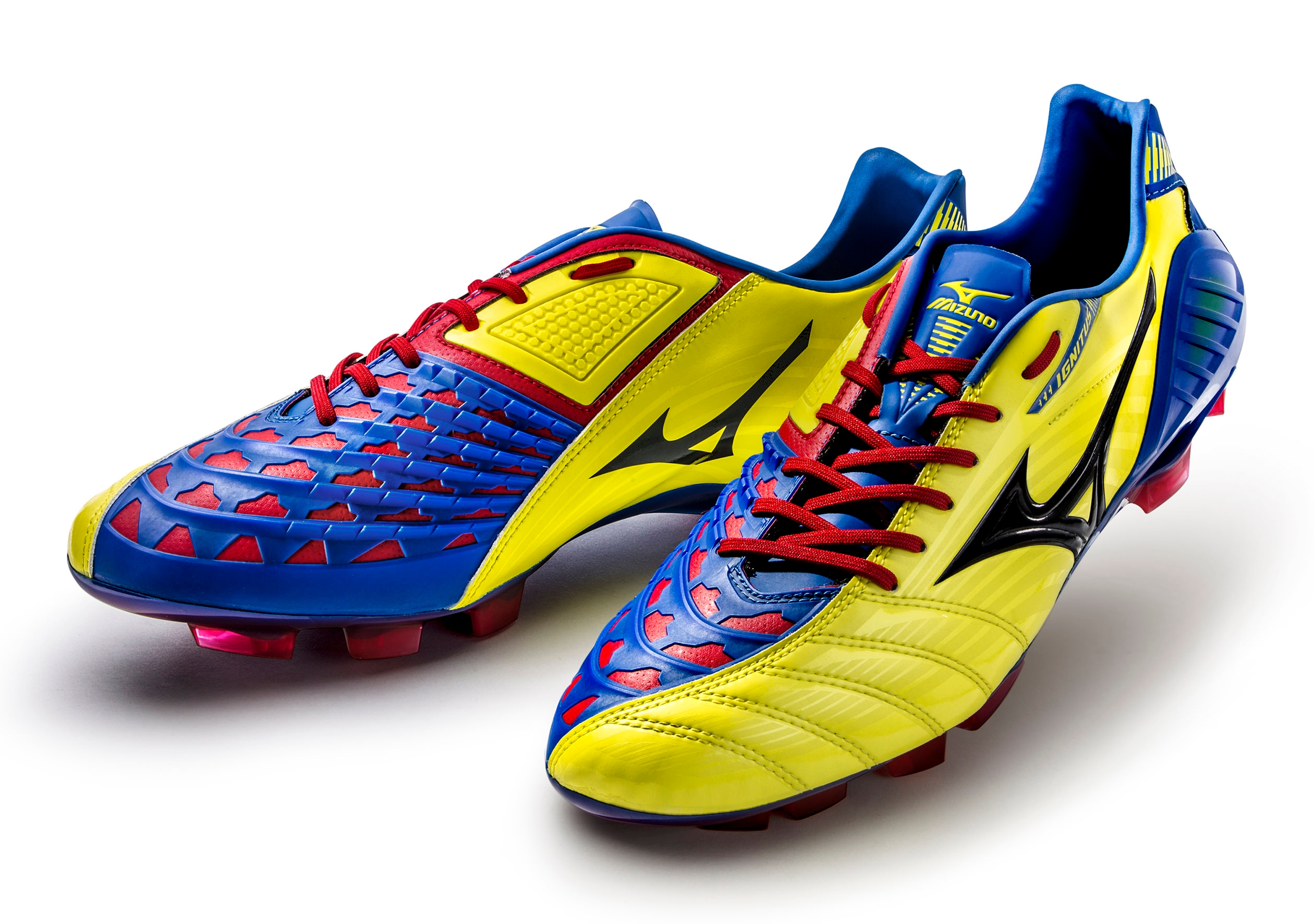 Mizuno Wave Ignite Soccer Shoes