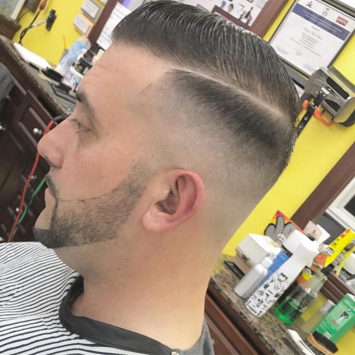 Cool Fade Haircut Idea for Men