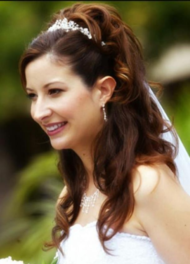 Elegant Look Bridal Half Up Half down Hair Style