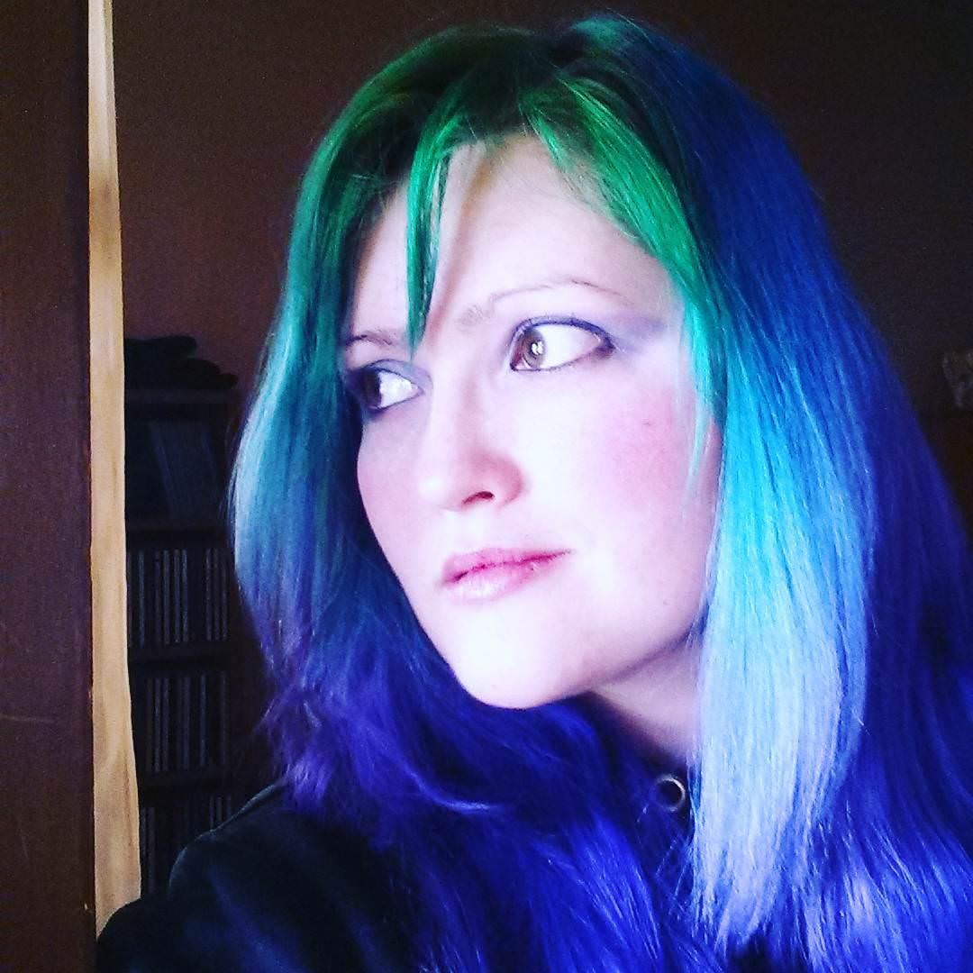 Rainbow Punk Short Hair Style.